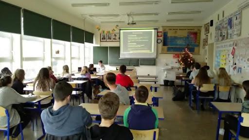 Presja nauki. Psychologiczny balast dzieci i młodzieży
