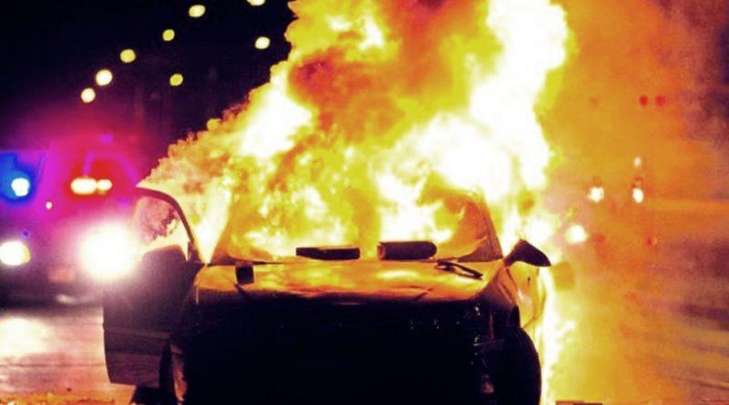 Atak na polską ambasadę w Berlinie. Spłoną samochód