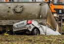 Kobieta w toyocie zmiażdżona przez 30 ton cementu! Nie miała szans [GALERIA]