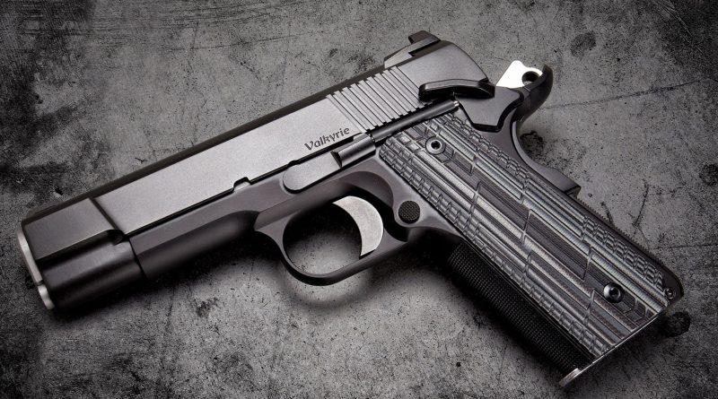 Produkowali broń na drukarce 3D. Do akcji wkroczyła policja [WIDEO]