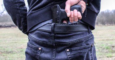 Ukradł broń. Błyskawiczna akcja policji w Bydgoszczy [WIDEO]