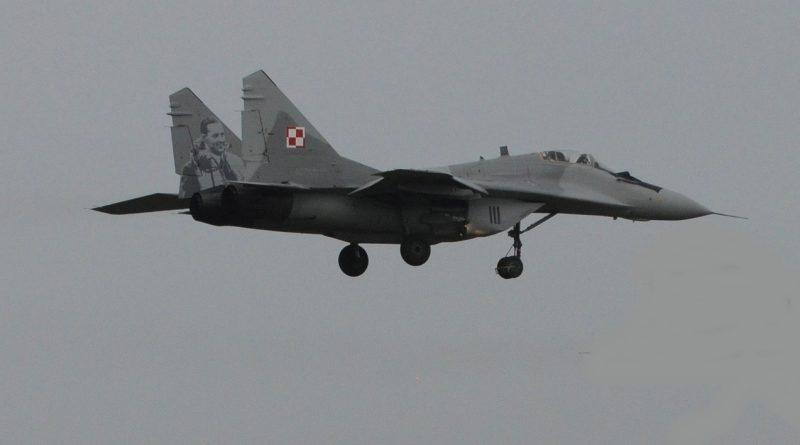 Polski MIG-29 wrócił do bazy ze śladami ostrzału!