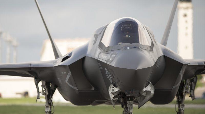 Rosyjska kopia F-35 znów w tyle za konkurencją