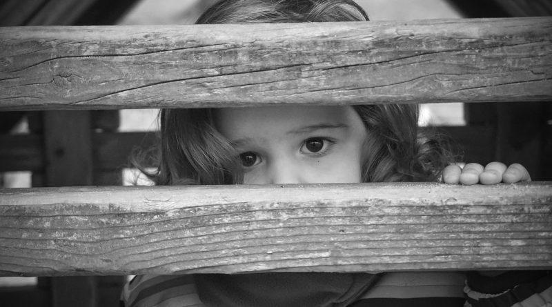 Duży wzrost liczby samobójstw dzieci i młodzieży w Polsce