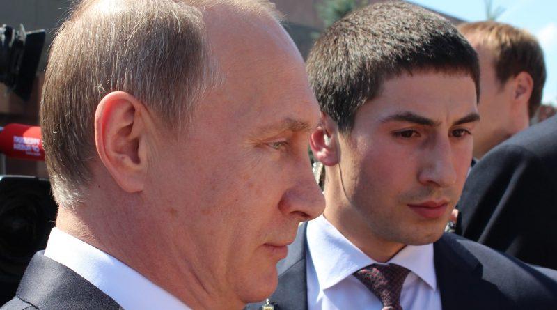 """""""Konsul"""" wiecznie żywy. Udawał kumpla Putina, zarobił miliony"""